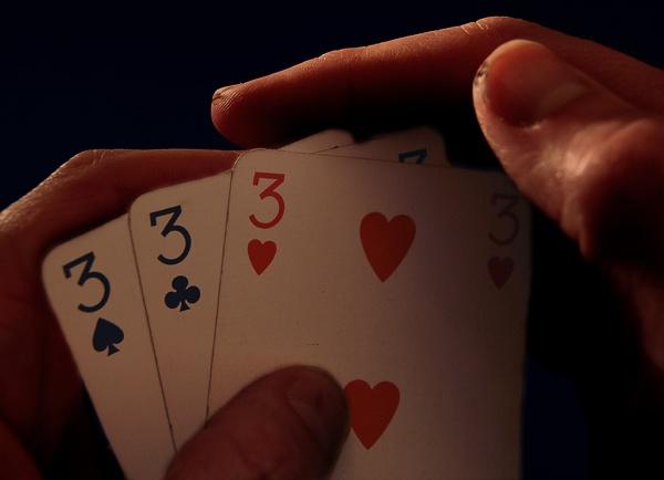 Three Card Brag by Stenk