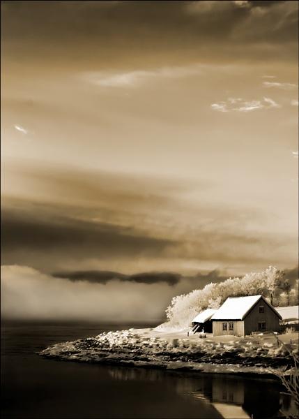 Storm Coming II by teodor