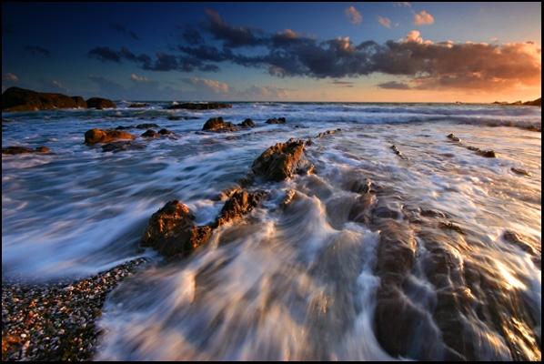 Running Tide by renavatio