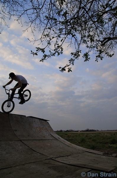 BMX Footjam by minitrialer
