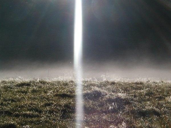 beam of light by Mintakax