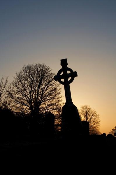 Grave yard shift by SteveAngel