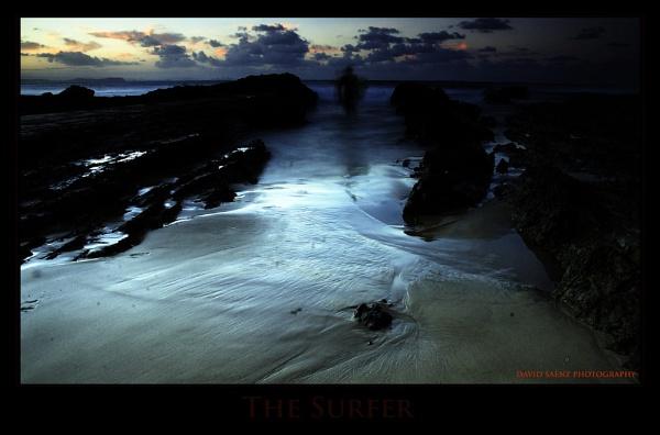The Surfer... by davidsaenzchan