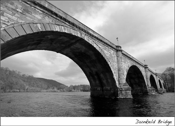 Dunkeld Bridge by heffalump