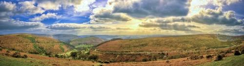 llangollen Panorama by ryanz