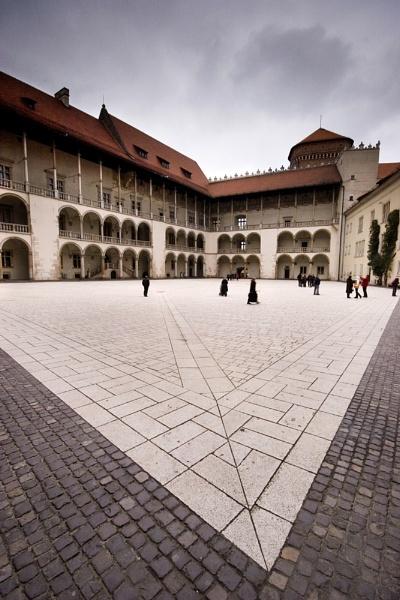 Wawel Castle, Krakow by mcgoo