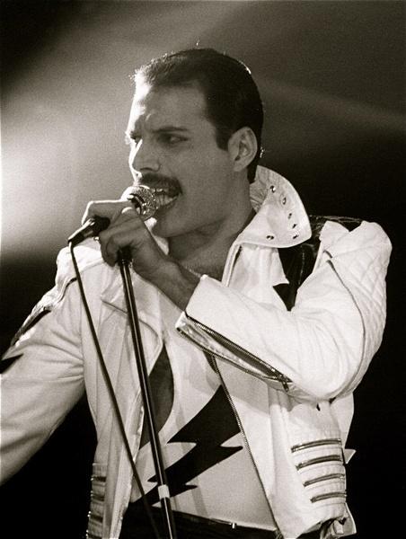 Freddie Mercury by ToothPilot