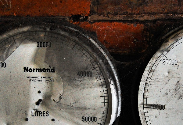Gauges by g_rex