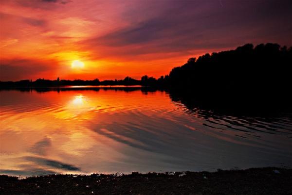 Sunset over Priory Marina by bangalicious