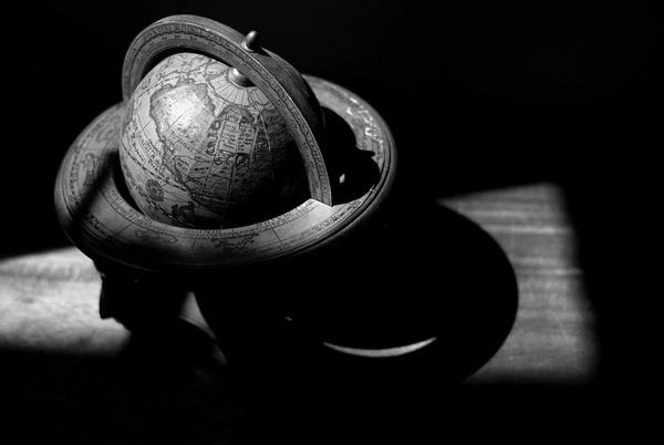 Globe Trotting by tavm
