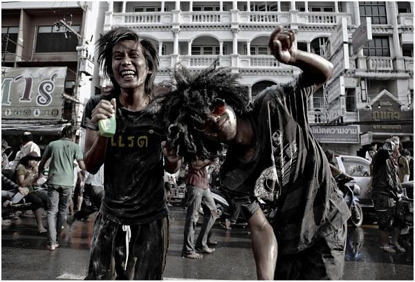 Songkran 2008 □ 11 by MediumSizeUnavailable
