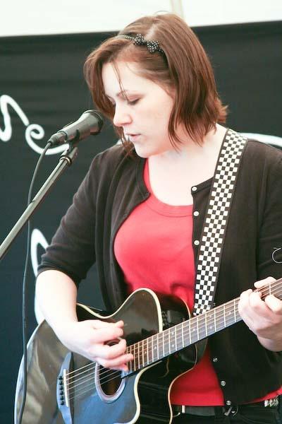 Eleanor Morgan @ Oxjam by Shaun_Mclean