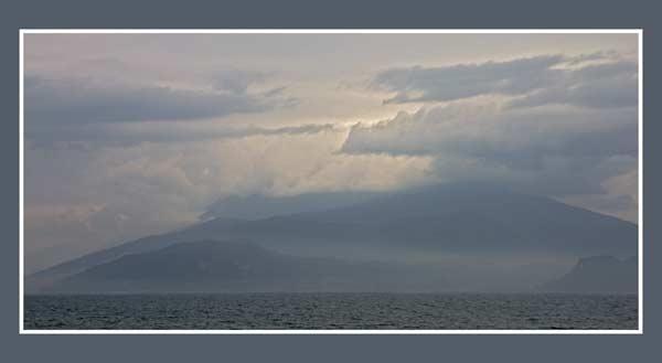 Rain on the coast by Paulbee