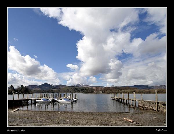 Derwentwater sky by oldgreyheron