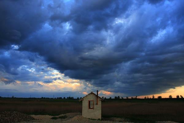 the storm by orangeada