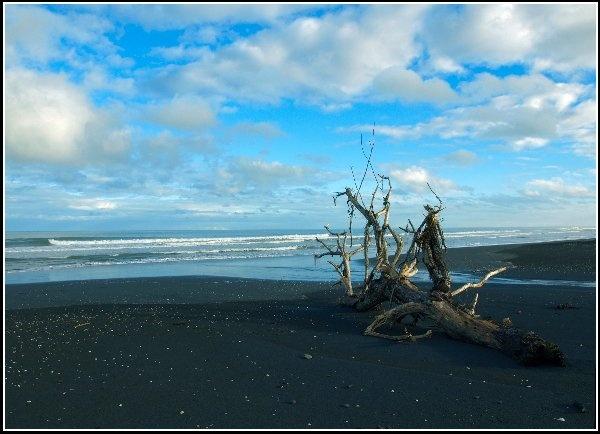 Black sand Blue skys by welshjohn