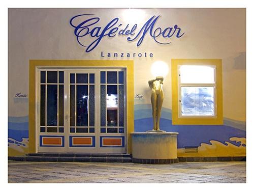 Cafe del Moar by JuliaGavin