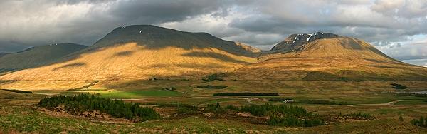 Beinn Achaladair by trekpete