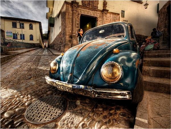 Cusco Glamour by dandeakin