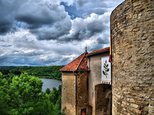 Gatehouse by LuzDeNoche