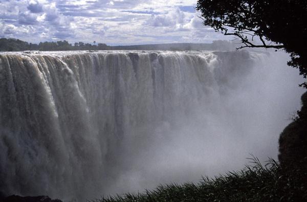 Victoria Falls 002 by jinstone