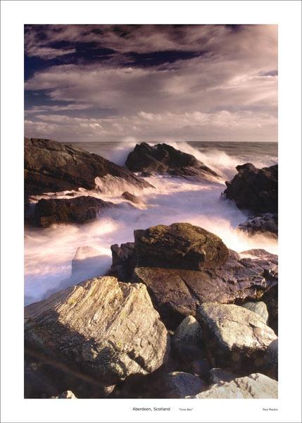 Cove Bay, Aberdeen by paulmackiemaging