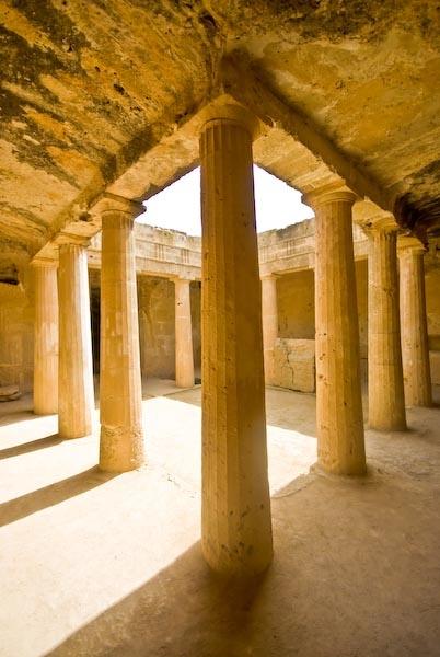 Columns 2 by Baronred