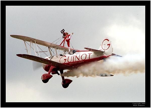 Mid-Air Split by mark1309
