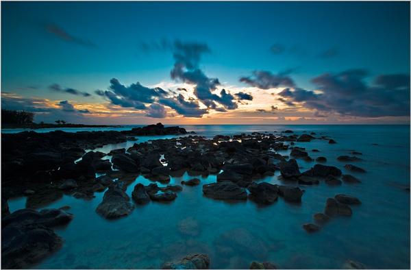 "\""Mauritius 10\"" by John Giddings"