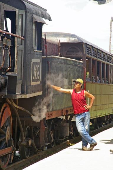 Cuban steam 1 by PaulBeeTee