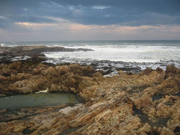 Rocks n Ocean by Nabs