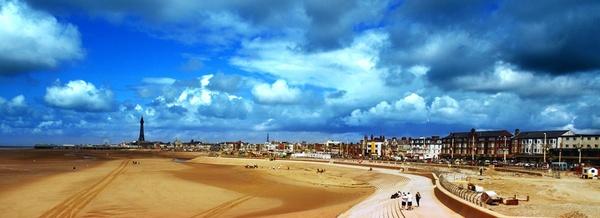 Blackpool Sea Defences by chensuriashi