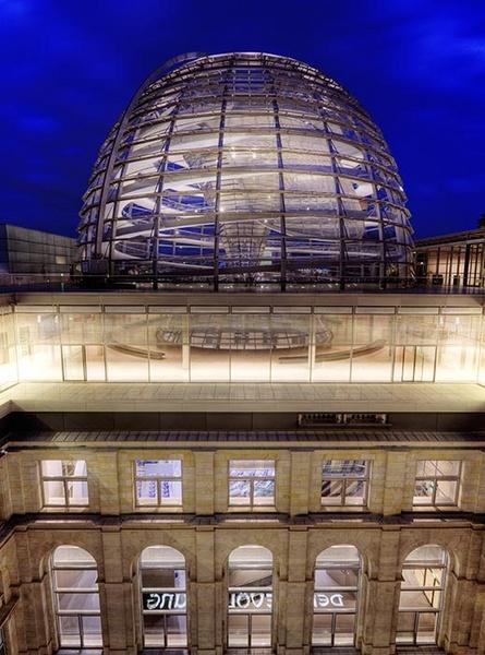 Deutscher Bundestag (German Parliament) by MarcPK