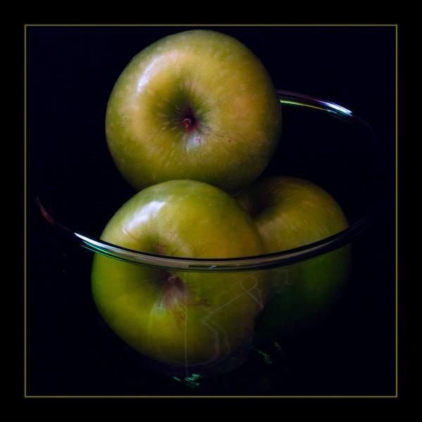 apples by dwarf