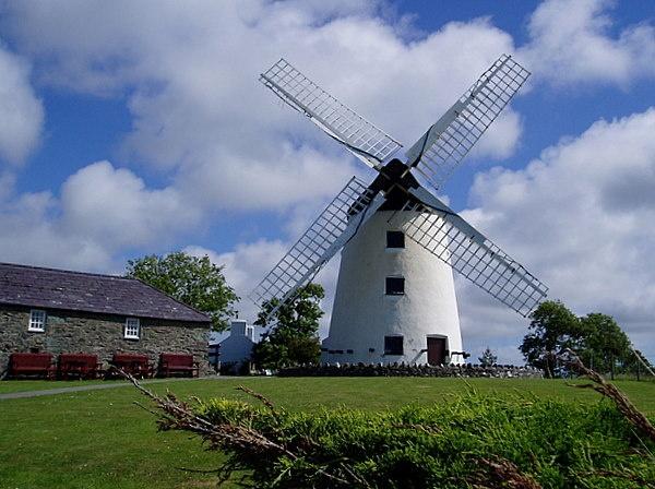Windmill by CarolB4