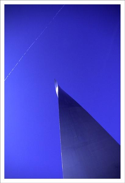 Empty Sky. by rontear