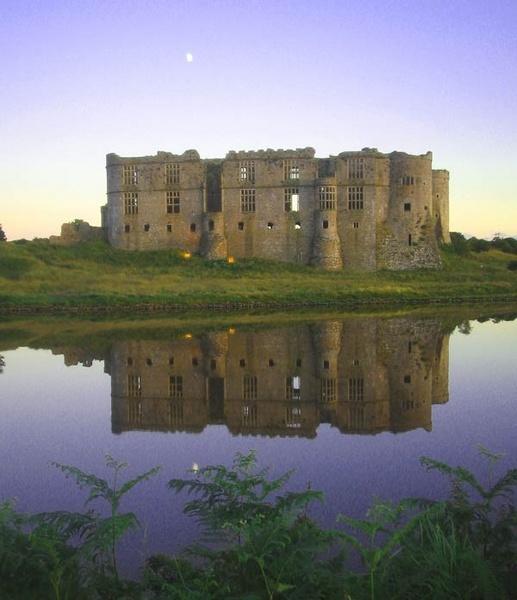 Carew Castle.... by Lois96