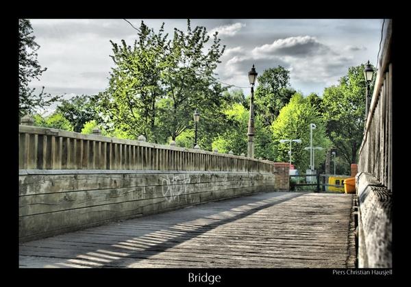 HDR Bridge by tonemapped
