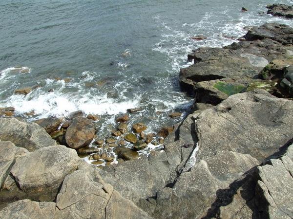 seaside rock by sandy22