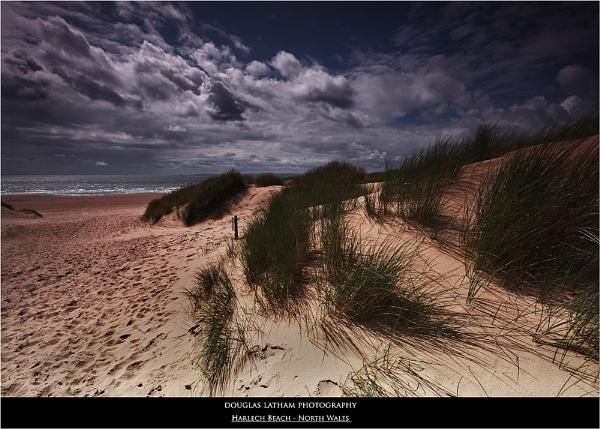 Harlech Beach - North Wales by DouglasLatham