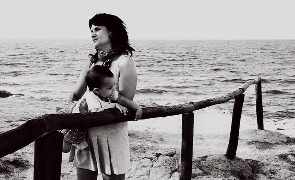 maria and the sea by popescu_calin