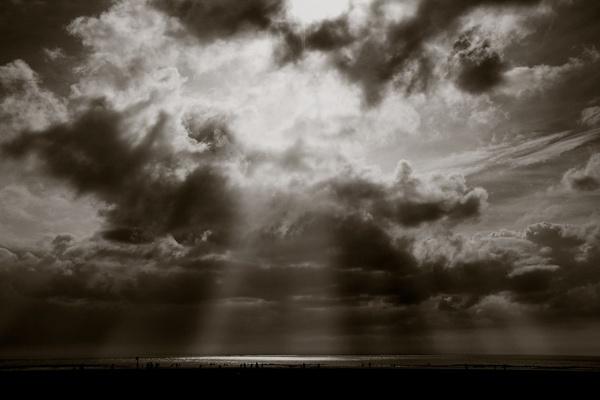 stormfront by alanptonge