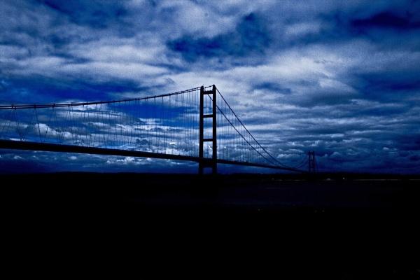Humber bridge by Tomaz