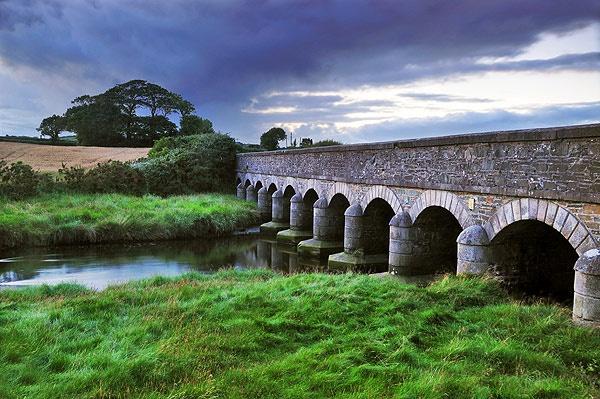 Twelve Arches Bridge by mcsimeyb