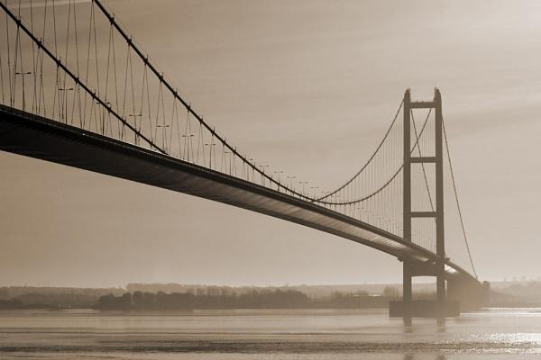 Old Humber Bridge by philldettman
