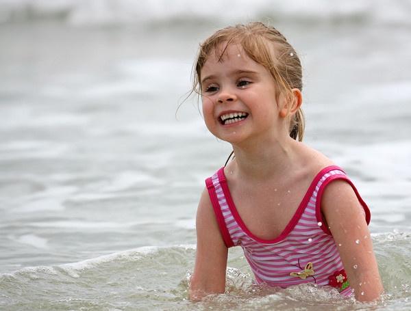Fun in the Ocean by MarkT