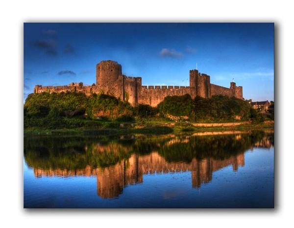 Pembroke Castle by Fearniespurs
