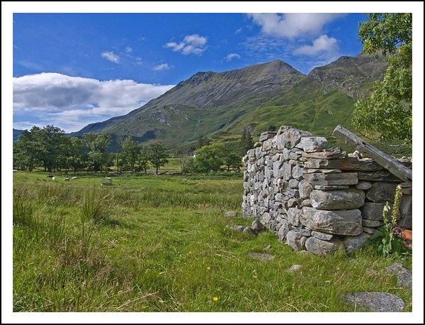 Beinn Sgritheall (Ben Skreehal) by Footsore