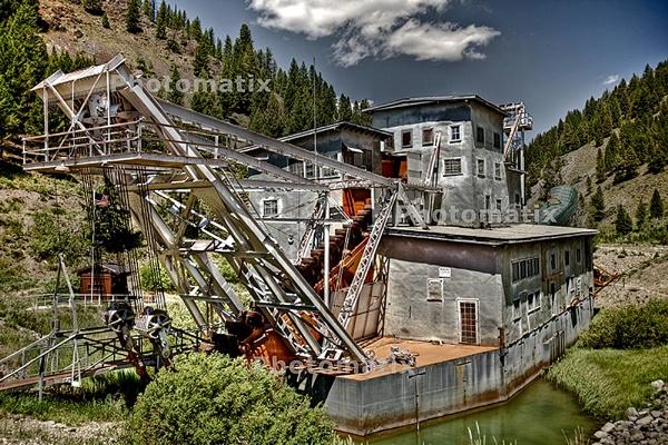 Crandall Canyon Barge by gajj