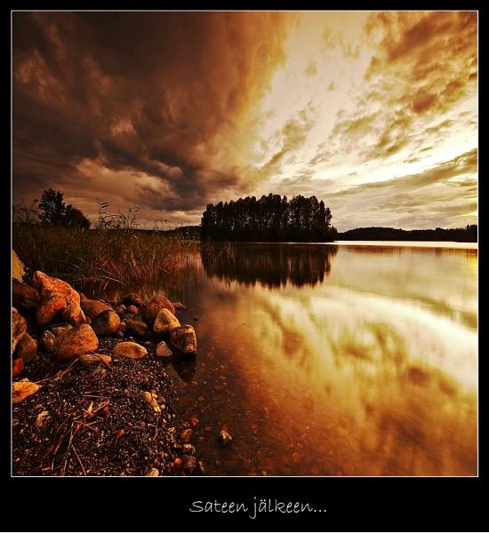 SATEEN JÄLKEEN... by Jou©o